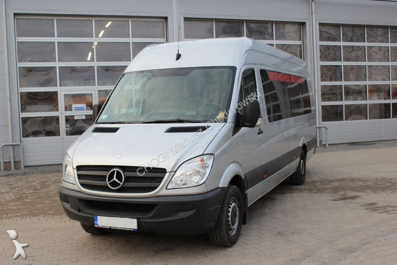 minibus mercedes sprinter 316 cdi bus gazoil occasion n 1809166. Black Bedroom Furniture Sets. Home Design Ideas