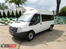 minibus Ford
