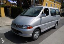 minibús Toyota