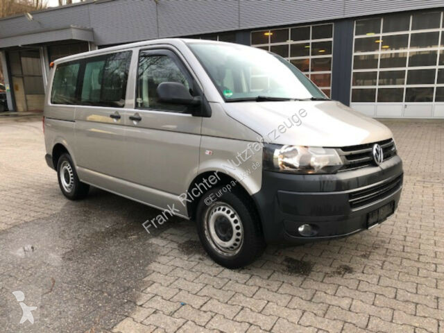 used volkswagen minibus t5 caravelle trendline 1hd 8sitze. Black Bedroom Furniture Sets. Home Design Ideas