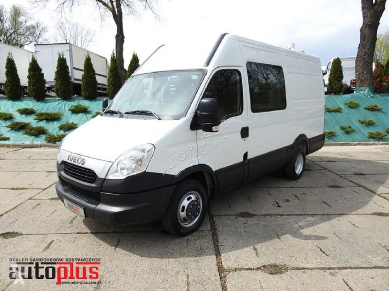Pullman Iveco DAILY35C15 FURGON BRYGADOWY 6 MIEJSC 3.0 HPI [ 7804 ]
