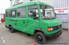 Mercedes midi-bus