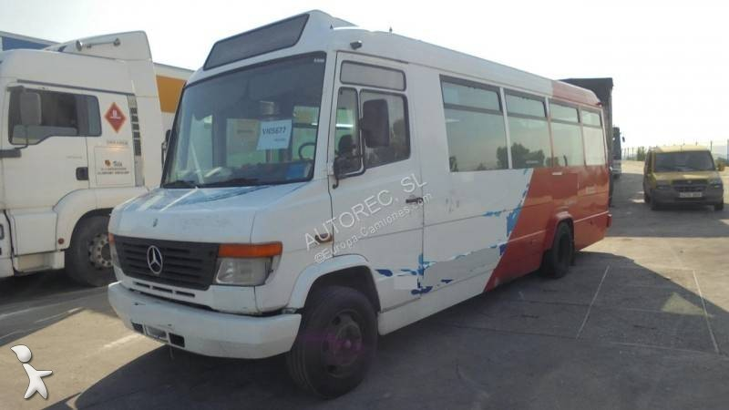 Autobús Mercedes Atego 815