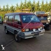 Mitsubishi minibus