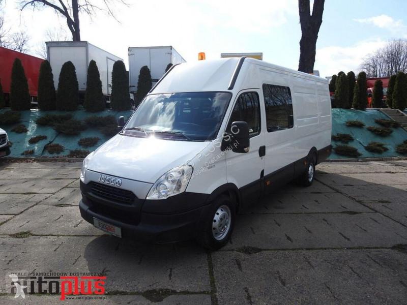 Autobus Iveco DAILY35S13