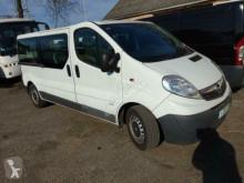 minibús Opel