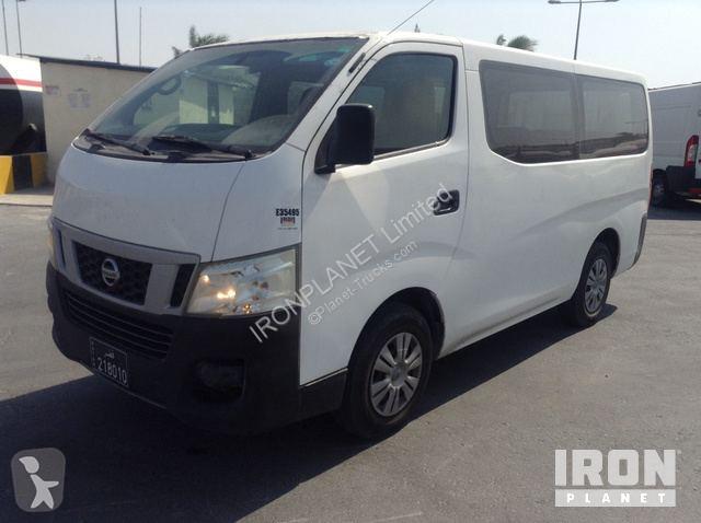 Voir les photos Autobus Nissan Urvan