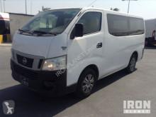 autobús Nissan Urvan