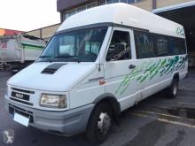 Iveco Microbús
