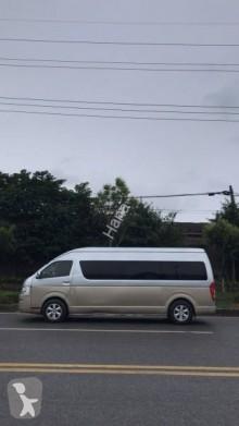 autobus Toyota HIACE