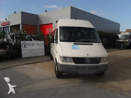 minibus mercedes 412 d gazoil occasion n 810164. Black Bedroom Furniture Sets. Home Design Ideas
