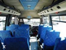 Ver as fotos Camioneta Iveco minibus 21 posti