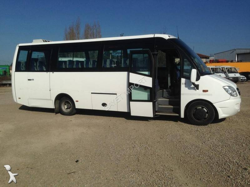 Used mercedes 816 minibus mercedes benz 818d vario compa for Mercedes benz minibuses