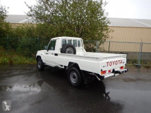 View images Toyota Land Cruiser pick up SC VDJ 79 4.5L TURBO DIESEL van