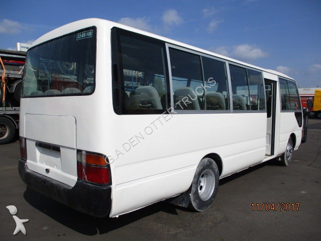 minibus toyota coaster occasion n 1989310. Black Bedroom Furniture Sets. Home Design Ideas