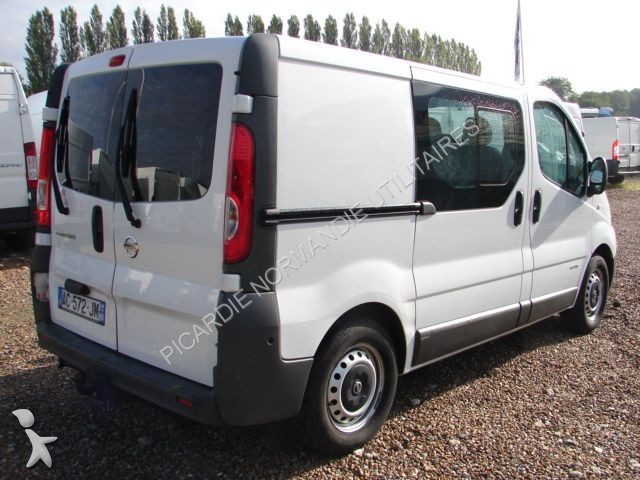 minibus nissan primastar l1h1 dci 115 6 places gazoil. Black Bedroom Furniture Sets. Home Design Ideas