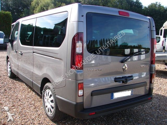 minibus renault trafic combi l2h1 1 6 dci 120 intens 9 places gazoil occasion n 1356616. Black Bedroom Furniture Sets. Home Design Ideas