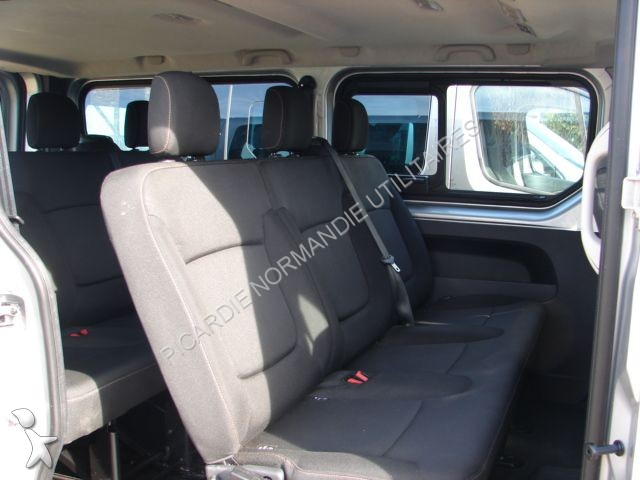 minibus renault trafic combi l2h1 1 6 dci 120 zen 9 places gazoil occasion n 1369316. Black Bedroom Furniture Sets. Home Design Ideas