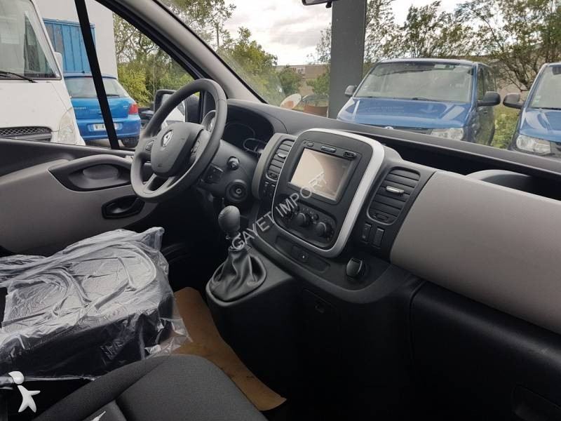 minibus renault trafic 9 places dci 125 ch l2h1 gps gazoil euro 6 neuf n 2059409. Black Bedroom Furniture Sets. Home Design Ideas