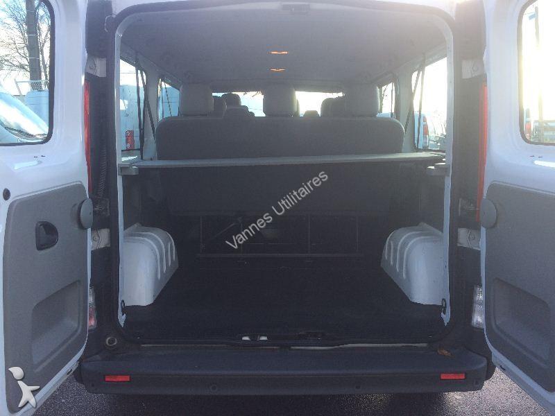 minibus opel vivaro combi minibus 2 0 cdti 115 k2900 l2h1 pack clim ecoflex 9 places gazoil. Black Bedroom Furniture Sets. Home Design Ideas