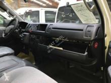 Voir les photos Autobus Toyota HIACE 2.5L DIESEL HI ROOF