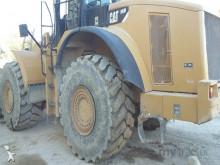 pá carregadora sobre pneus Caterpillar