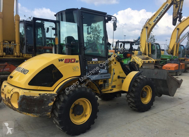 Vedere le foto Pala New Holland W80B HS
