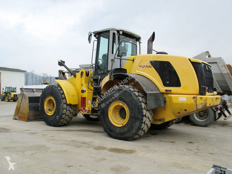 Chargeuse New Holland W 270B