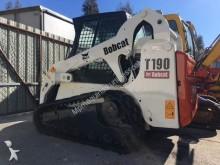 pá carregadora escavadora com largatas Bobcat