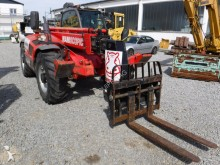 chargeuse Manitou MT1030