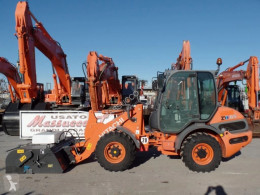 Hitachi ZW65 loader