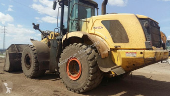 New Holland W 270 B
