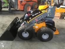 Giant mini loader