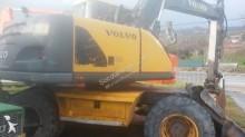 pá carregadora sobre pneus Volvo