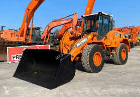 shovel Doosan DL250-3