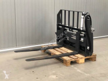 Bobcat forks handling part