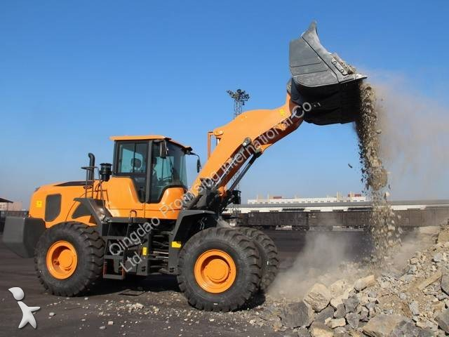 Dragon Machinery Dragon656 loader