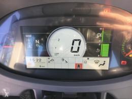 Voir les photos Chargeuse Hitachi ZW180-6