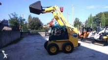 Vedere le foto Pala Gehl Minipala skid loader GEHL SL 5640 T