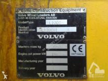 Voir les photos Chargeuse Volvo L 120 C