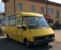 autocarro Iveco IVECO A 49 10 CARVIN