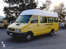 autocar Iveco DAILY 40-10