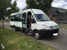 autocar Iveco Daily