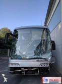 autobus da turismo incidentato