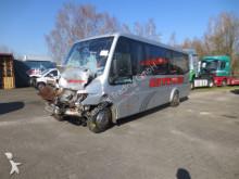 autocarro Mercedes O 616
