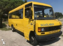 autocarro transporte escolar Mercedes
