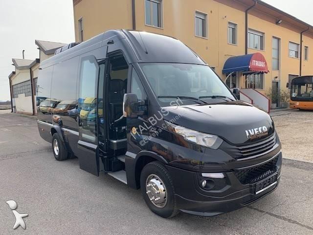 Autobus Iveco DAILY 65 C 18