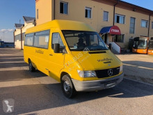 междуградски автобус Mercedes 308 d