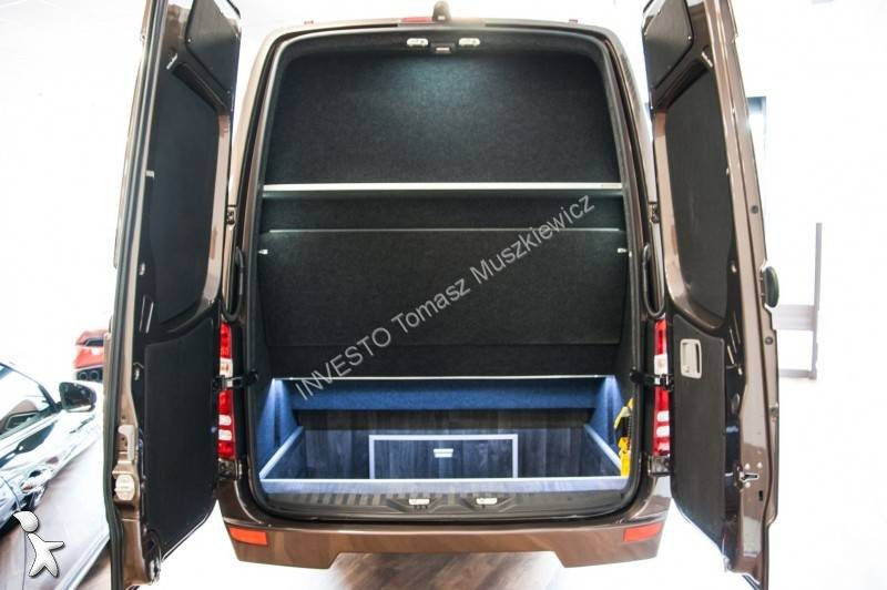 neu mercedes sprinter reisebus 519 aut xxl 21 places diesel euro 6 n 1740892. Black Bedroom Furniture Sets. Home Design Ideas