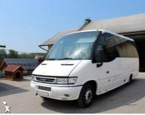 autokar turystyczny Iveco
